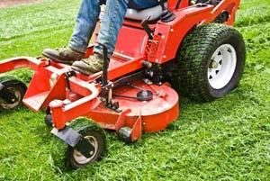 Commercial lawn maintenance Gig Harbor